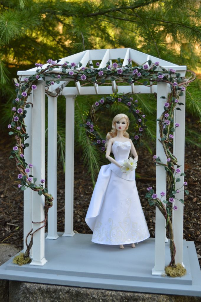 16-scale-Garden-Wedding-Gazebo_27874634076_o-681x1024